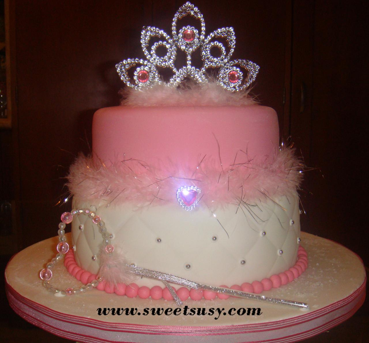 Princess Cake Design : 1st Birthday Ideas on Pinterest Princess Cakes, Princess Party and Princess Party Supplies