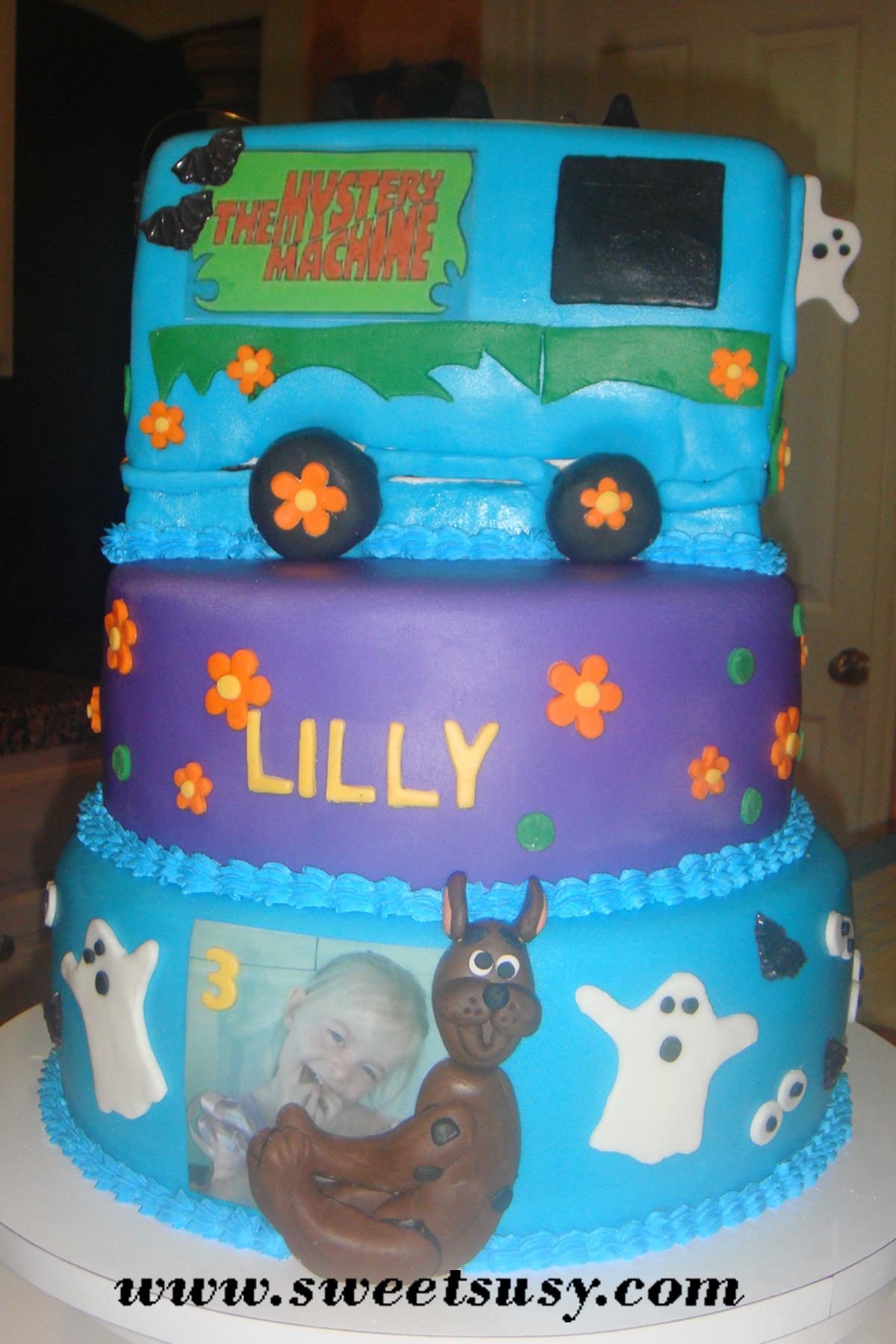 Edible pictures 1 now offering for Scooby doo cake template
